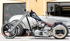 King of New York built by Choppers Inc. Badass Motorcycle Helmets, Chopper Motorcycle, Bobber Chopper, Moto Bike, Custom Choppers, Custom Motorcycles, Custom Bikes, Custom Harleys, Kawasaki Bikes