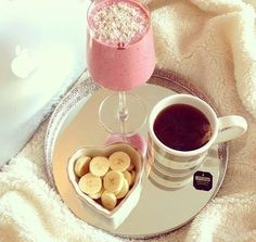 Good morning, have a great day! #breakfast #smoothie #tea