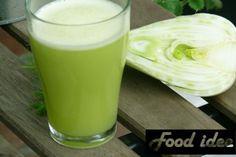 Groene detox smoothie met venkel en appel Superfoods, Glass Of Milk, Pudding, Drinks, Desserts, Juices, Drinking, Tailgate Desserts, Beverages