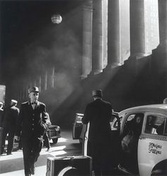 Bedrich Grunzweig  Arrival at Penn Station, New York, 1950