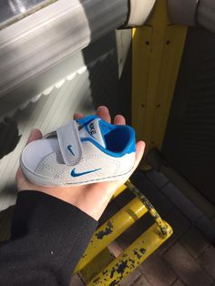 Found! Has anyone lost a babies trainer? I found it at the bus stop on Belle Vale Road, Liverpool. I have it as I didn't want to leave it in the bus stop. It looks brand new! Please share and help find the owner, get in touch with any info!