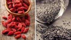 Superfoods wie Gojibeeren, Chiasamen oder Hanfpulver gelten vielen als natürliche Wundermittel. Ökotest kommt zu einem ganz anderen Ergebnis.