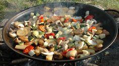 Foto: Den Norske Turistforening Frisk, Wok, Sprouts, Curry, Dessert, Chicken, Meat, Vegetables, Camping