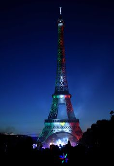 The Eiffel Towet, Paris, France Tour Eiffel, Paris Torre Eiffel, Paris Eiffel Tower, Evil Tower, Eiffel Tower Pictures, France City, Paris Wallpaper, Belle Villa, I Love Paris