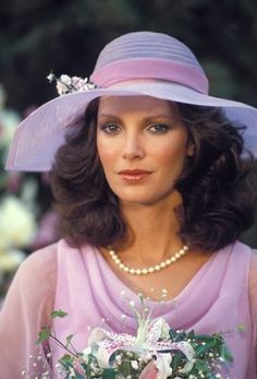 Jaclyn Smith  1977