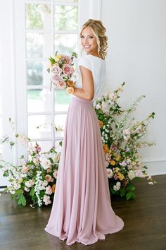 Maternity Bridesmaid Dresses, Bridesmaid Outfit, Wedding Bridesmaids, Colored Wedding Dress, Wedding Skirt, Wedding Dresses, Wedding Poses, Wedding Outfits, Formal Dresses