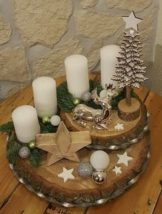 Christmas Advent Wreath, Handmade Christmas Decorations, Christmas Centerpieces, Rustic Christmas, Xmas Decorations, Simple Christmas, Christmas Holidays, Christmas Projects, Holiday Crafts