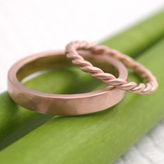 Rope and hammered rose gold wedding rings