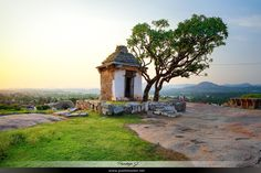 A view of sunset at Hemakuta Hill in Hampi