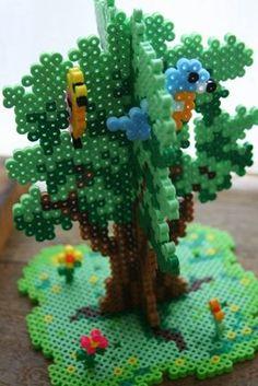 3D tree hama perler beads - perles à repasser : http://www.creactivites.com/229-perles-a-repasser
