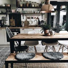 48 gilla-markeringar, 2 kommentarer - Welcome to Interior Stories (interiorstories.Cozy kitchen Source: hygge_for_home quot; Interior Design Hashtags, Best Interior Design, Home Design, Design Ideas, Luxury Interior, Instagram Deco, Kitchen Interior, Kitchen Decor, Kitchen Ideas