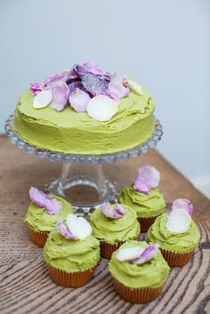 I recently made this cake for a friends birthday. It's a really unusual flavour combination and looks beautiful. I love Matcha and green tea cakes, this frosting would also work really well on chocolate cake.