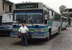 50 fotos históricas de la Ciudad de México (e. transportes2) - Taringa! Df Mexico, México City, Cancun, Old Cars, Motorhome, Nostalgia, Trucks, Retro, World