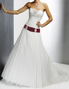 Brautkleider mit Schleppe