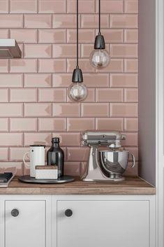 Pink Kitchen Designs, Interior Design Kitchen, Pink Kitchen Walls, Pink Kitchens, Life Kitchen, Home Decor Kitchen, Pink Cabinets, Kitchen Splashback Tiles, Kitchen Layout Plans