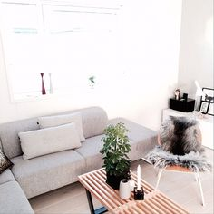 Sofa fra Bolia - Seville Ingrid Pallesen (@ingridpall) | | THIF | #myhome #livingroom | Intagme - The Best Instagram Widget Bolia Sofa, Instagram Widget, Seville, Couch, Living Room, Interior, Furniture, Home Decor, Houses