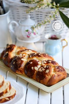 Easter Bun, Bun Recipe, Turkish Recipes, Ricotta, Banana Bread, French Toast, Food And Drink, Cooking, Breakfast