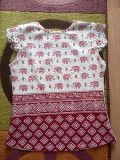 Camisa de elefantes rojiza