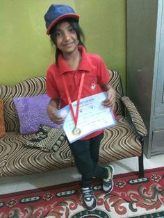 #Agrawal_Samaj #Yashvi_Garg #Gold_Medal #Certificate #Sports_Day #Queens_College #indore #agradunia #agrabandhu #wish goo.gl/8ESsna