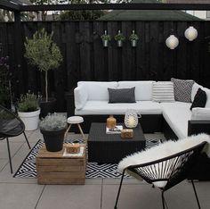 Small Yard Design, Small Patio, Patio Diy, Backyard Patio, Patio Ideas, Backyard Ideas, Budget Patio, Garden Ideas, Wood Patio