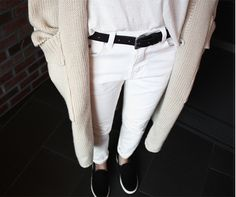 MINIMAL + CLASSIC: fall casual - white jeans & cream sweater