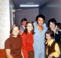 Elvis Presley Rare Images, photos, pictures never seen before 1970 elvis and his daughterGraceland Elvis Presley Grandchildren, Elvis Presley Family, Elvis Presley Las Vegas, Elvis In Concert, Young Priscilla Presley, Elvis And Priscilla, Change Of Habit, Are You Lonesome Tonight, Elvis Quotes