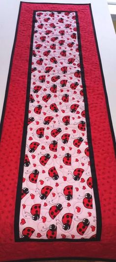Valentine Table Runner Hearts Ladybugs handmade quilted