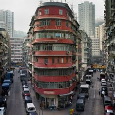 PHOTOGRAPHY – Michael Wolf's Hong Kong Cornerhouses Hong Kong Building, Flatiron Building, Corner House, Walled City, City Photography, Architecture Details, Hong Kong Architecture, Chinese Architecture, Michael Wolf