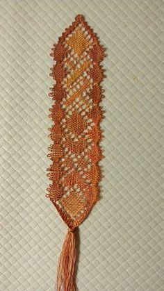 Separador de Rosa Torres . Lacemaking, Bobbin Lace, String Art, Bookmarks, Tassel Necklace, Needlework, Tassels, Inspiration, Jewelry