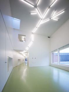 Interior of OBS Galjoen Primary School  by Rocha Tobal Architecten/ The Hague, The Netherlands