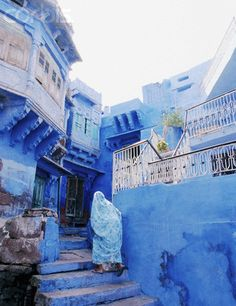Jodphur, Inida aka the Blue city / Rajasthan / 4 hr driving from Udaipur Places Around The World, Oh The Places You'll Go, Places To Visit, Around The Worlds, Jodhpur, Beautiful World, Beautiful Places, Santorini Grecia, Blue City