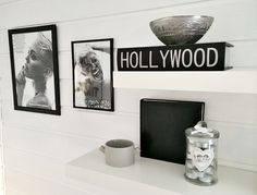 #interior #decoration #trend #mileycyrus #poster #print #blackandwhite #hollywood #glamour #modern #perfection #livingroom #white #black #design #blog