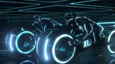 """""""Hey we got to work together its the only way"""" #tron #legacy #scenes #lightcycle"""
