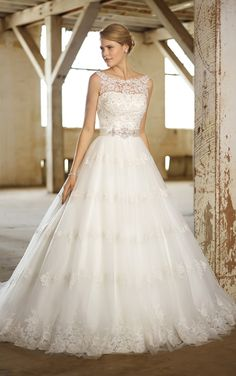 Lace wedding dress ...