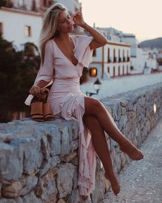 Shop the latest women's maxi dresses. Discover the latest styles from the top fashion brands and retailers. Natasha Oakley, Mode Outfits, Fashion Outfits, Womens Fashion, Fashion Clothes, Swag Fashion, Diy Fashion, Trendy Fashion, Fashion Ideas