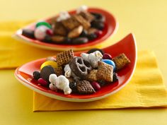 delectabledelight:  Buckin Blueberry Chex Mix (by Betty Crocker...