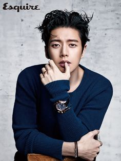 A gelled up Park Hae Jin lends his handsome face to the April pages of Esquire Korea! Cheese in the Trap's (shafted) lead is adorned in Tiffany & Co. jewelry and watches for his pictorial…