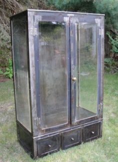 vtg 1940 50s simmons furniture metal medical. Vtg 1940 50s Simmons Furniture Metal Medical. Beautiful Vintage Medicine Cabinet Greygarden Etsy Medical
