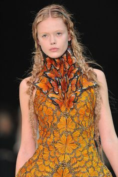 Google Image Result for http://www.wicked-halo.com/wp-content/uploads/2010/09/alexander-mcqueen-ss11.jpg