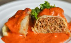 Cabbage Rolls with Tomato Cream Sauce –