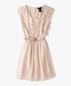 I really like this dress. But I like it better in a mint color.