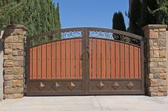 Composite Wood Gate #Firstimpression