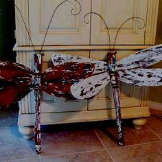 Dragonfly table leg