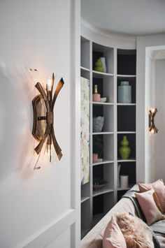 The Burnished Gold Vida Wall Sconce adds a unique, modern element to your space. Hinkley Lighting, Wall Sconce Lighting, Wall Sconces, Living Room Designs, Living Room Decor, Interior Decorating, Interior Design, Classic House, Modern Design