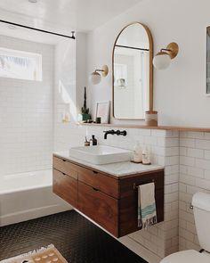 Bathroom decor for your master bathroom renovation. Discover master bathroom organization, master bathroom decor suggestions, bathroom tile tips, master bathroom paint colors, and more. Bathroom Layout, Bathroom Mirror, Bathroom Vanity, Bathroom Interior, Modern Bathroom, White Bathroom, Luxury Bathroom, Bathroom Decor, Bathroom Accessories