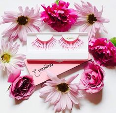 Who don't love #flowers? Ever since we met PalePetals.com, the ❤️ for flowers has been blossoming more than before. 📍To Shop Go to www.eyemimo.com