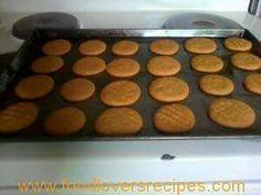 Print PDF Hi almal, hier is die gemmerkoekie resep waarmee ouma so fluks… My Recipes, Baking Recipes, Cookie Recipes, Dessert Recipes, Favorite Recipes, No Bake Cookies, No Bake Cake, Baking Cookies, Kos