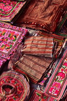VIETNAMESE TEXTILES Beautiful warm colours and pattern. Such character.