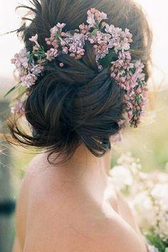 Wilt u meer weten over klassiek bruidshaar - - Wilt u meer . - - Wilt u meer weten over klassiek bruidshaar - - Wilt u meer weten over klassiek bruidshaar Romantic Bridal Hair, Bridal Hairdo, Wedding Hair Flowers, Flowers In Hair, Wedding Dresses, Wedding Party Hair, Wedding Hair And Makeup, Wedding Updo, Wedding Blog