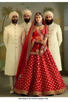 Most Popular Sabyasachi Lehenga Designs For Brides of 2019 - SetMyWed Red Wedding Lehenga, Sabyasachi Lehenga Bridal, Indian Bridal Lehenga, Red Lehenga, Indian Bridal Outfits, Indian Bridal Wear, Bridal Dresses, Banarasi Lehenga, Bridal Lehnga Red